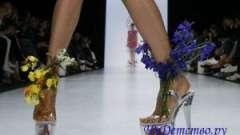 Як навчитися ходити на каблуках