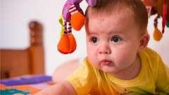Дитина і перші слова