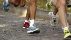 Вибираємо спортивне взуття